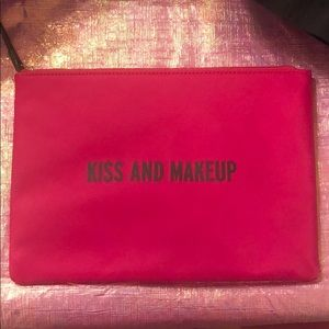 Kate spade kiss and make up pouch